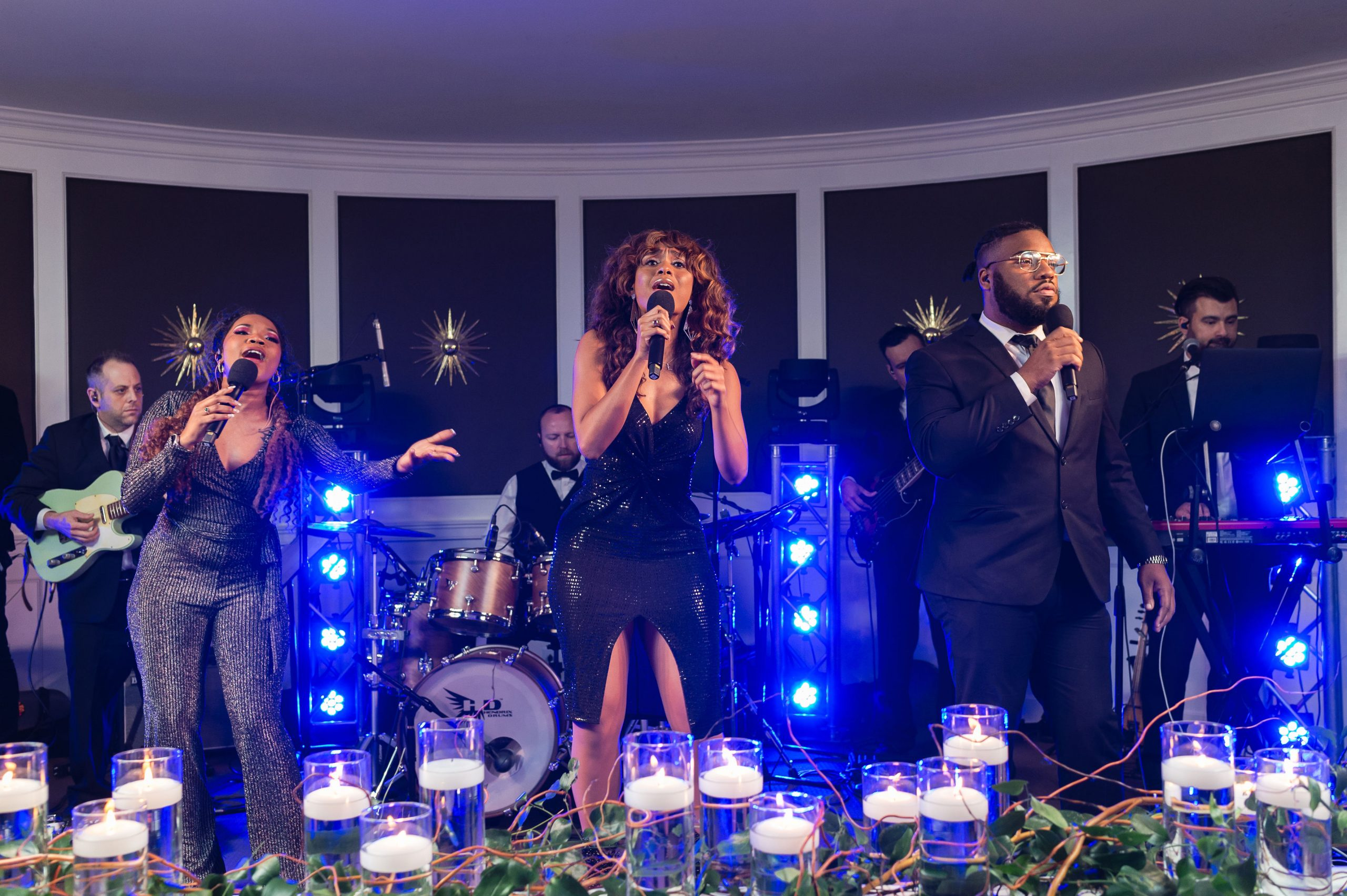 7 things to consider when deciding between a Wedding Band vs DJ - originally published on ivoryandink.com