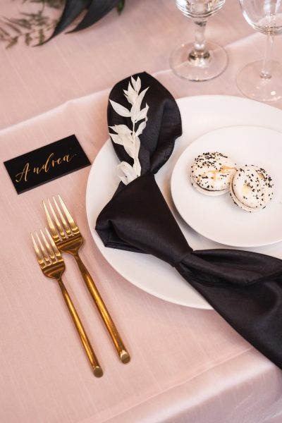 WHY FRIDAY WEDDINGS ARE A SMART CHOICE